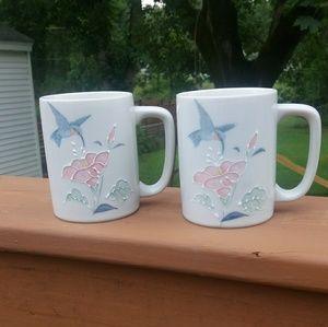 Vintage pair of Otagiri Humming Bird mugs